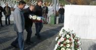 Počast žrtvama srebreničkog genocida  Veterani iz BiH i Srbije zajedno u Potočarima
