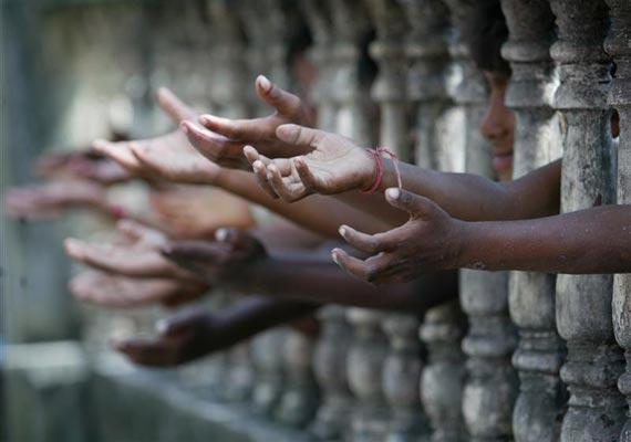 UPA-govt-reduce25485