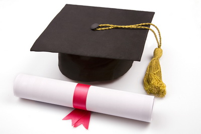 diploma-and-degree-cap